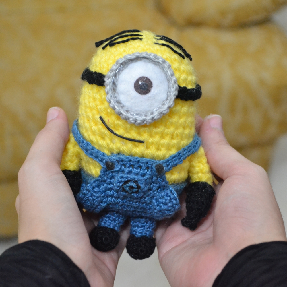 Free Crochet Pattern For Bob The Minion : Minion Stuart Pattern Mias Atelier